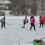 Adult Pond Hockey